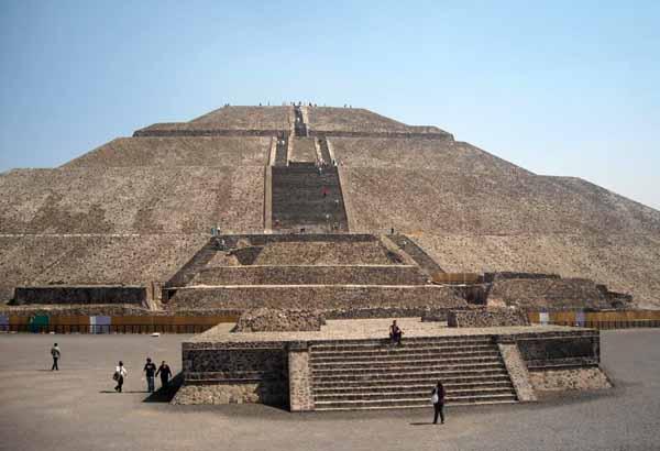 piramide-del-sole