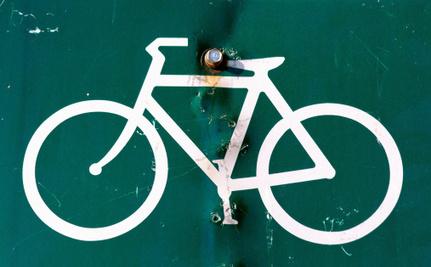bici in cambio di armi